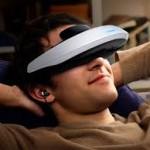 Четыре новых гаджета, в том числе очки виртуальной реальности, представлены корпорацией Samsung
